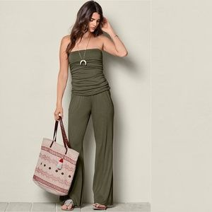 🌿Ruched Strapless Olive Green Wide Leg Jumpsuit🌿